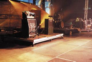 Mobilni-podium-Rolling-Riser